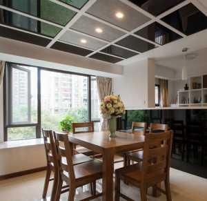 谁有三室两厅一厨一卫一书房的装修图纸客厅和餐厅是通体式的