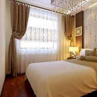现代卧室玻璃隔断间实例装修效果图