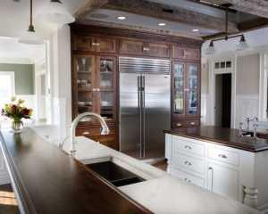 实木橱柜的整体厨房设计