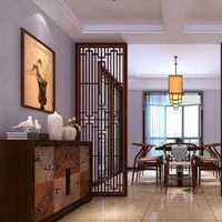 现代风格四居室卫浴木质浴台设计