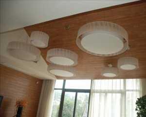 简欧三居卧室照片墙装修案例欣赏