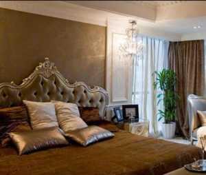 北京东易日盛装饰_玻璃茶几&镜面餐厅背景,沙发后暗藏卧室门,170平公寓有的是花样!_6