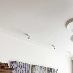请教77平米两室一厅旧房翻新装修5万够不够