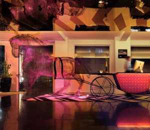 有什么粉紅主題的臥室裝修方案或者圖片啊求大神幫助