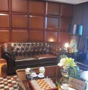 我们家在天津市里新装修房子想问一下客厅里的沙发