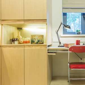 请各位设计大师帮帮忙95平米两室两厅一卫改成三室一厅或两