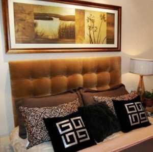 我家小卧室只有6平米想做榻榻米的床和整体衣柜求设计