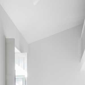 95平米客厅有落地窗怎样装修