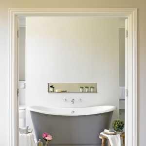 30个拥有独立浴缸的卫生间设计